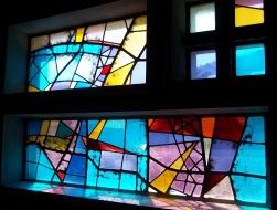 Glasfenster im Jura